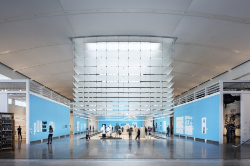 Queens Museum, Location: Queens NY, Architect: Grimshaw Architects