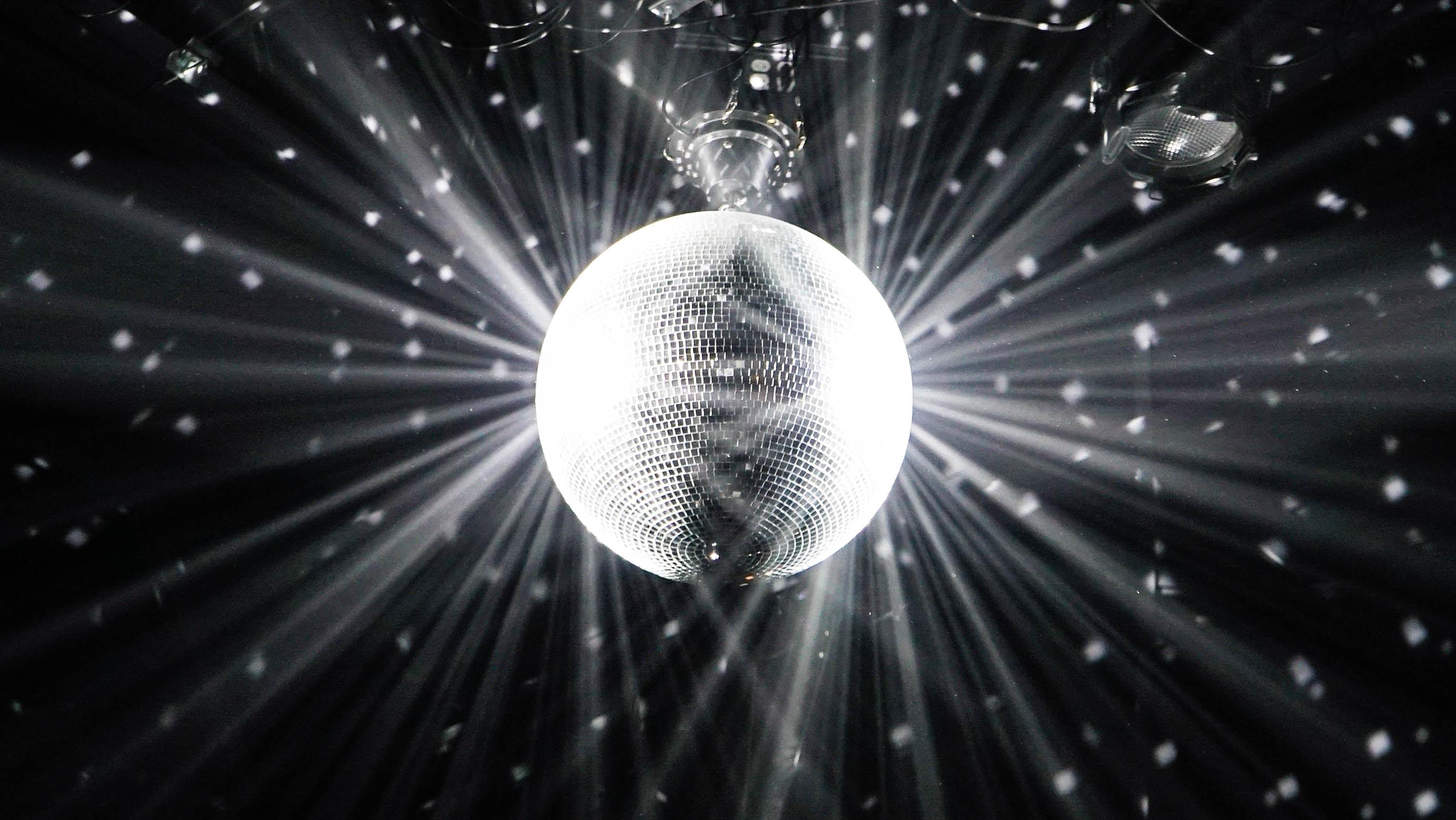 disco-b-w