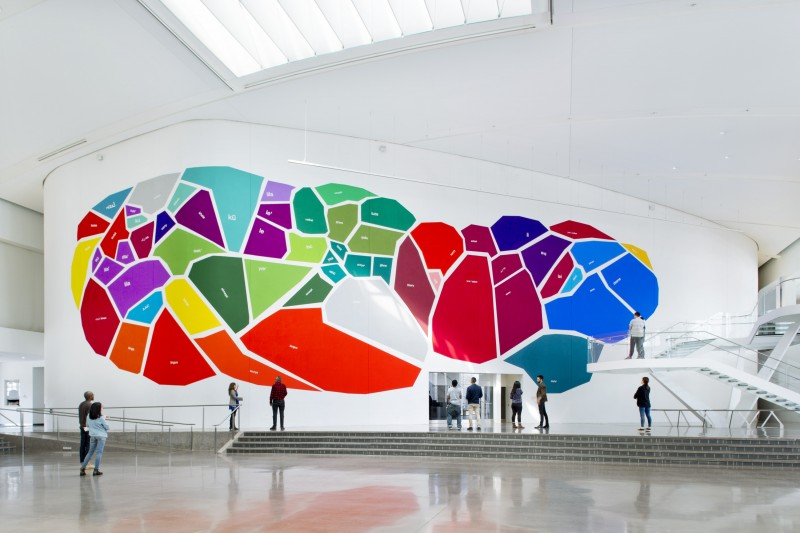 Mariam Ghani in collaboration with Josh Begley and the Endangered Language Alliance, The Garden of Forked Tongues, 2016. Acrylic gouache, 100ft x 30ft. Courtesy the artist. Photo by Hai Zhang